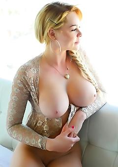 Skyla Novea