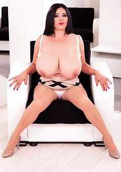 Natasha Sweet