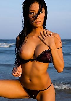 Linda Song