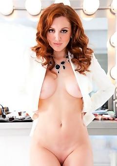 Anais Alexandra