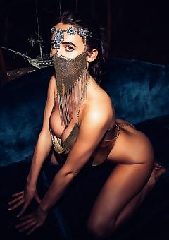 Lara Rose